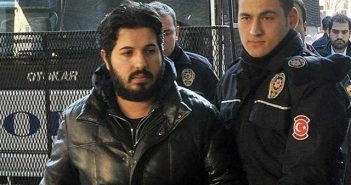 Turkey: Islamist power struggle returns to the pitch